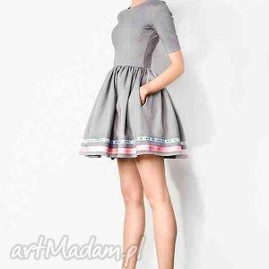 sukienki rozkloszowana sukienka z kieszeniami, sukienka, kieszenie, potpourri