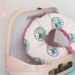 poduszka do fotelika samochodowego rogalik różowy - mądra sowa, minky, bawełna