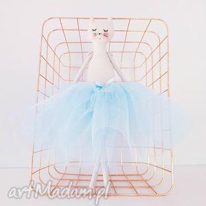 kot baletnica w błękitnej spódnicy - ,tilda,kot,kotek,cat,baletnica,tiulowa,
