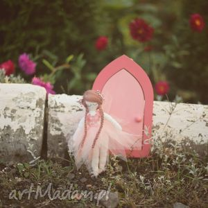 magiczna bajka - różany elf i drzwi wróżek, lalka, elf, wróżka, drzwiczki, wróżek
