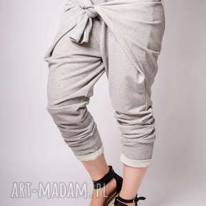 Szare metaliczne dresowe spodnie z wiązaniem l non tess
