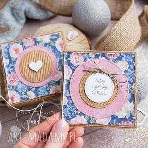 kartki urocze pudełeczko z mini kartką wewnątrz na każdą okazję dla niej