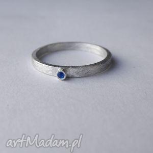 okrąg pierścionek