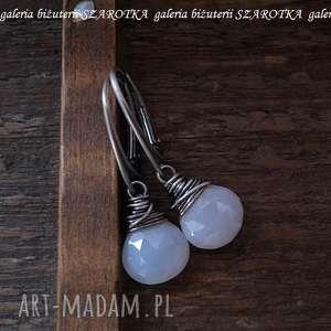 mgliste kolczyki z chalcedonu i srebra, chalcedon, srebro, oksydowane, krople