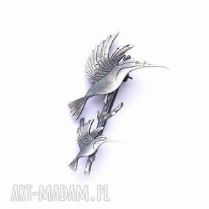 Dwa kolibry na gałązce - broszka srebrna, broszka, biżuteria, srebro, kolibry, oksyda