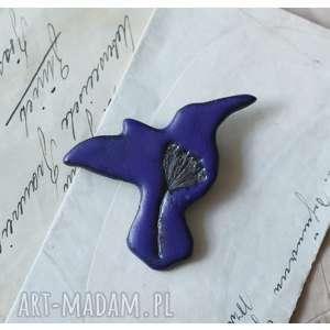 ręcznie robione broszki broszka koliber granatowa