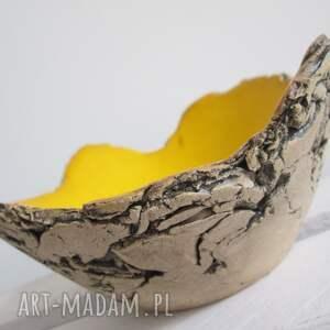 żółta miseczka jak skała, miska, mała, na-przekąski, dekoracyjna, sardynia, żółciutka