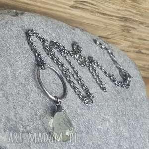 Prezent Naszyjnik ze srebra z kroplą zielonego ametystu, biżuteria-na-prezent