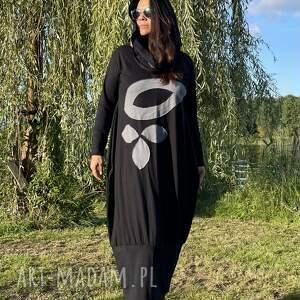 sukienki czarna sukienka z liśćmi