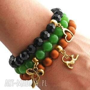 ręczne wykonanie bransoletki green jade, carmel mat pearl & black crystal