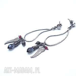 dark angel - kolczyki, srebro oksydowane, swarovski, granat, larvikit, skrzydło