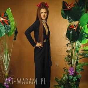 czarny harry - kombinezon z głębokim dekoltem, kombinezon, dekoltem