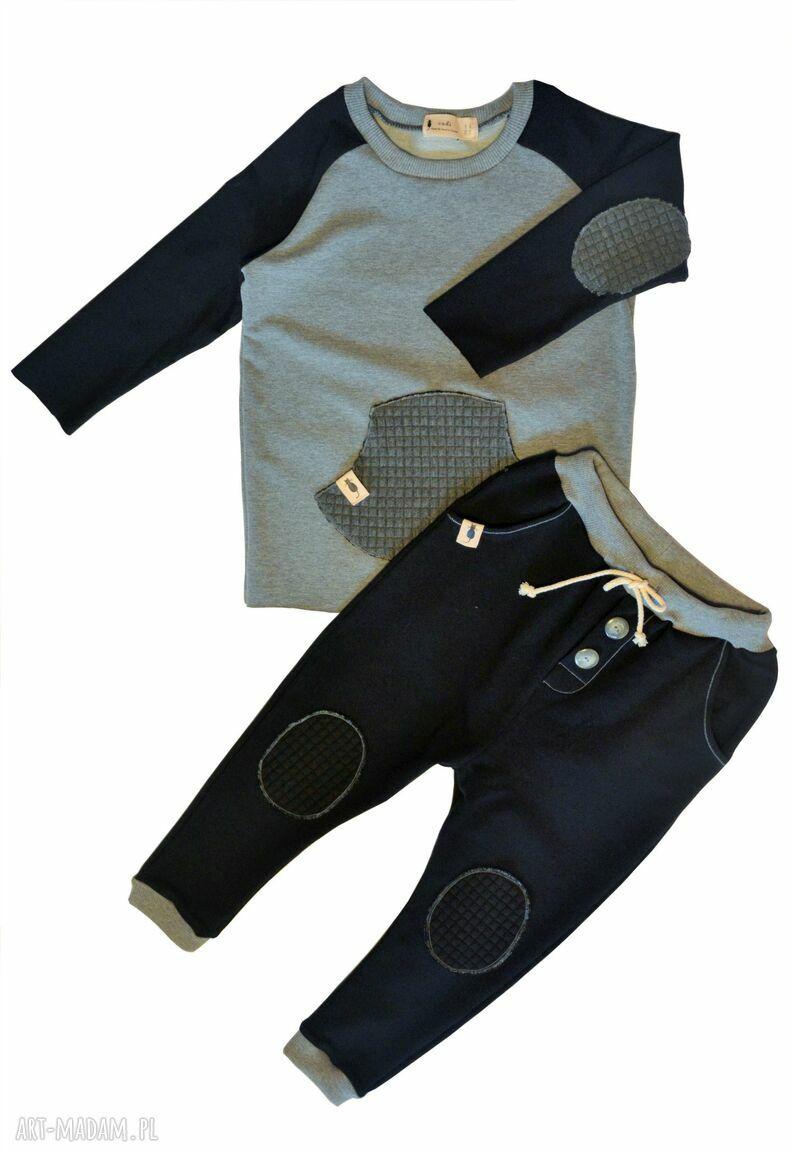 handmade ubranka czarne spodnie typu jogger