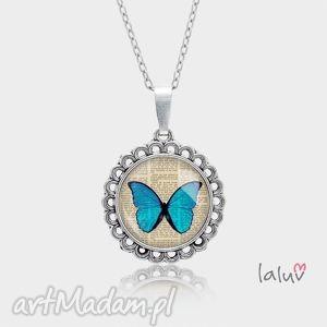 Prezent Medalion okrągły mały MOTYLEK, owad, kwiaty, wiosna, skrzydła, prezent
