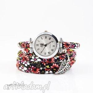 zegarek, bransoletka - czerwone kwiaty owijany, rzemień