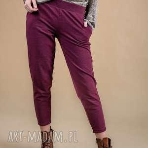 ręcznie zrobione spodnie dresowe damskie bordo melanż array