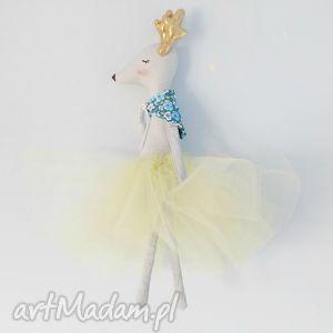 świąteczny prezent, jelonek baletnica, tiulowa, tilda, lalka