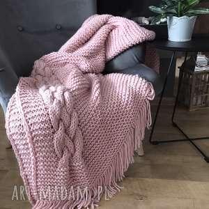 knitting factory pled koc narzuta cosy cable pink 140x170 cm, koc