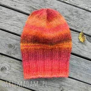 Jesienne czerwienie czapka - melanż czapki aga made by hand