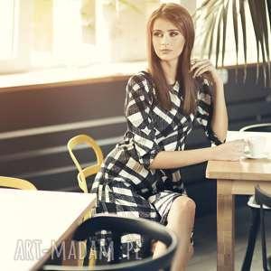 rozkloszowana sukienka t211, wzÓr mozaika - sukienka, rozkloszowana, wzór, mozaika
