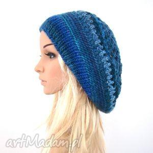 barska obszerny beret ażurowy w błękitach, beret, czapka, beretoczapka