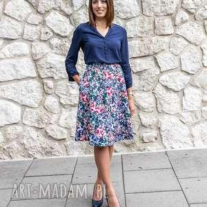 ręczne wykonanie spódnice spódnica trapezowa w kwiaty