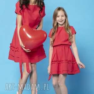 komplet sukienek z ozdobną falbanką, model 30, czerwony - komplet, sukienek, na