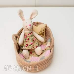 króliczek w łóżeczku koszu, królik, łóżeczko, chrzest, króliczek, personalizacja