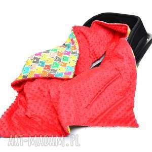 kocyk do fotelika nosidełka kolorowe misie czerwony - nosidełko