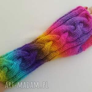 rękawiczki tęczowe, ciepłe, modne, dziergane, awangardowe, kolorowe