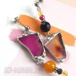 kolczyki różowo-pomarańczowe asymetryczne, z agatem, wiszące