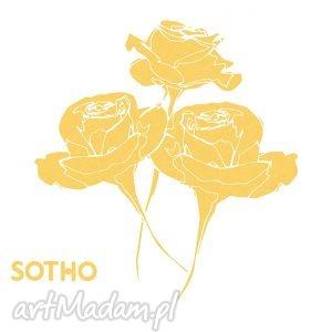 tatuaż trzy złote metaliczne róże sotho złoty