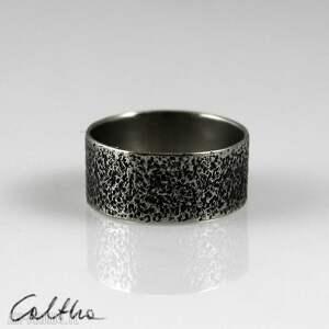 piasek - metalowa obrączka rozm 18 150426-02 - pierścionek, obrączka