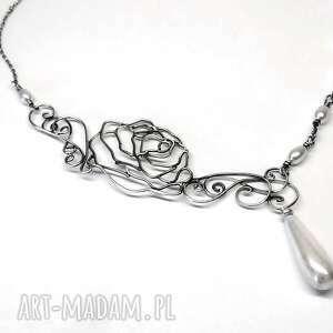 flowers pearls-naszyjnik - naszyjnik, perły, biały, srebro, róza, hajcz