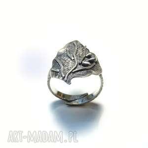 Pierścionek srebrny liść, srebro, oksydowany, 925, przecierany