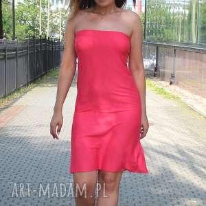 sukienki letnia zwiewna sukienka tuba w kolorze koralowym, tuba, sukienka, midi