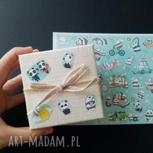 pod choinkę prezent, naklejki panda, prezent dla dziecka