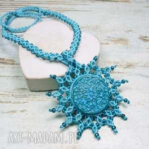 handmade naszyjniki naszyjnik maroko w przepięknych odcieniach turkusu. makrama.