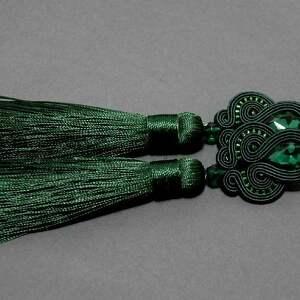 zielone kolczyki sutasz, sznurek, eleganckie, wiszące, wieczorowe, długie,