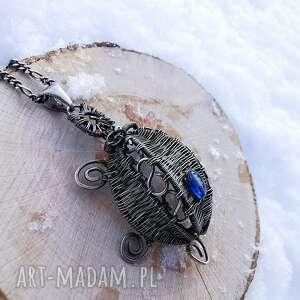 głębia, wire wrapping, wisior, żółw, kianit wisiorki