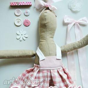 pani królik aniela, królik, zabawka, przytulanka, róż, prezent, dziewczynki maskotki