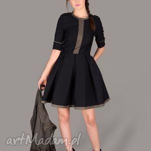 Sukienka Let s Join The Army, sukienka, militarna, rozkloszowana, sztywna, kieszenie