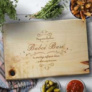 Prezent Grawerowana deska do krojenia z litego drewnaklonowego - Magiczna Kuchnia