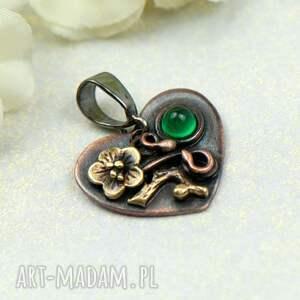 hand-made wisiorki zawieszka serce z zielonym agatem a551 -2