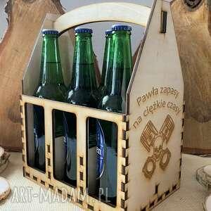 skrzynka nosidło na piwo z grawerem, piwo, alkohol