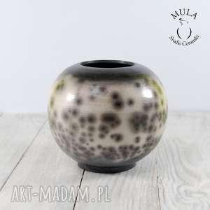 ceramika wazon kula raku, naked, kulka, czarny, biały, kuleczka, prezent na
