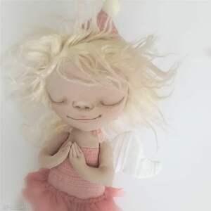 aniołek dekoracja ścienna - figurka tekstylna ręcznie malowana, anioł, dedykacja