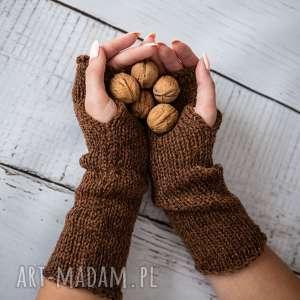 ręczne wykonanie rękawiczki mitenki jasnobązowe