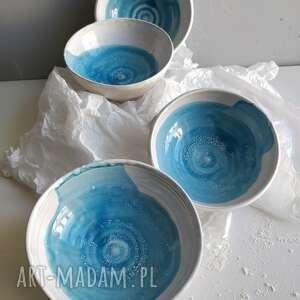 handmade ceramika zestaw czterech miseczek ceramicznych