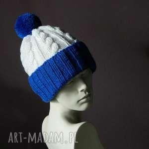 narciara czapka w warkocze, ciepła, wywijana, warkocze, dwukolorowa, pompon